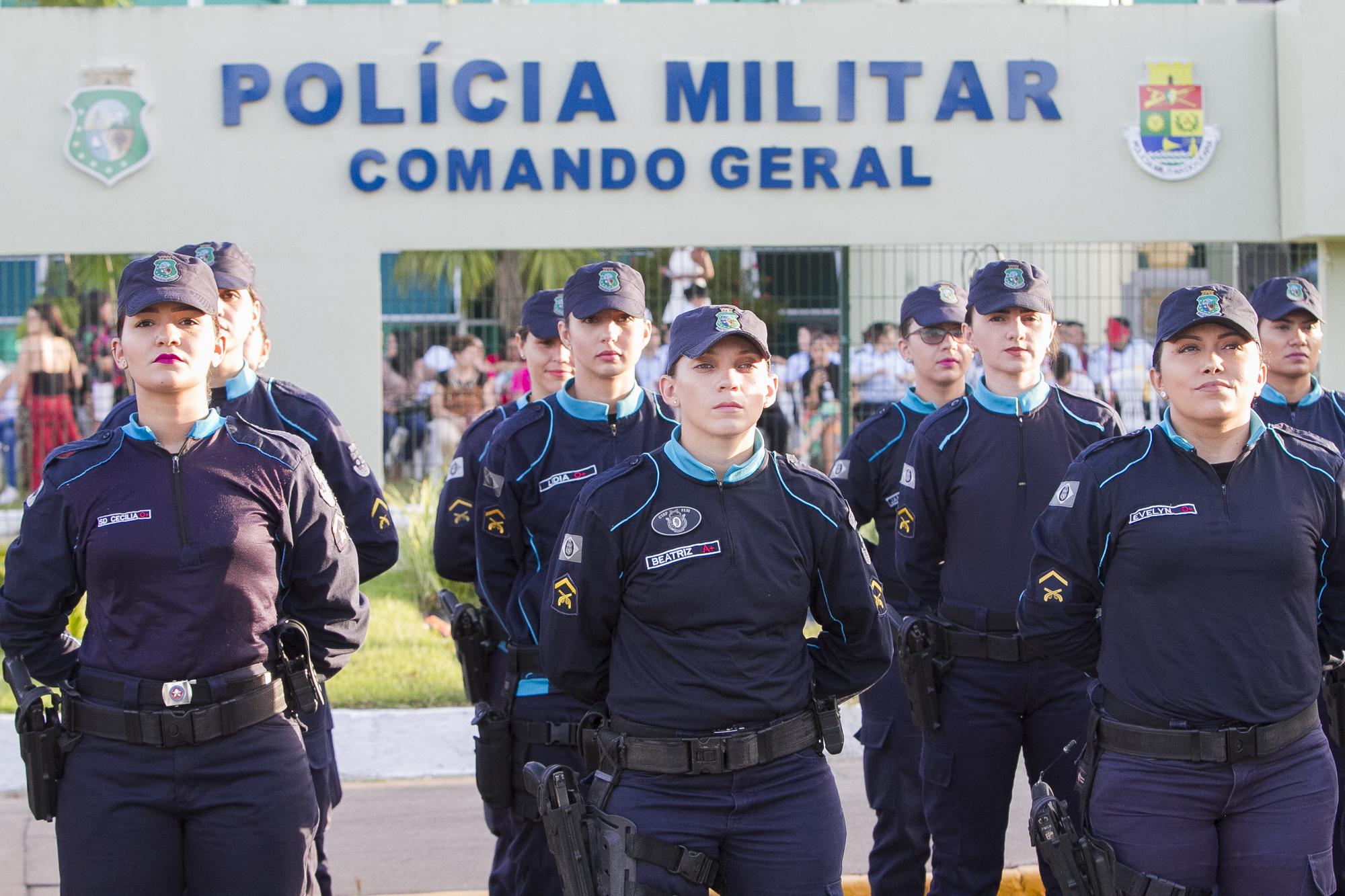 Na comemoração dos 25 anos do policiamento feminino, governador anuncia que o Ceará terá sua primeira coronel mulher