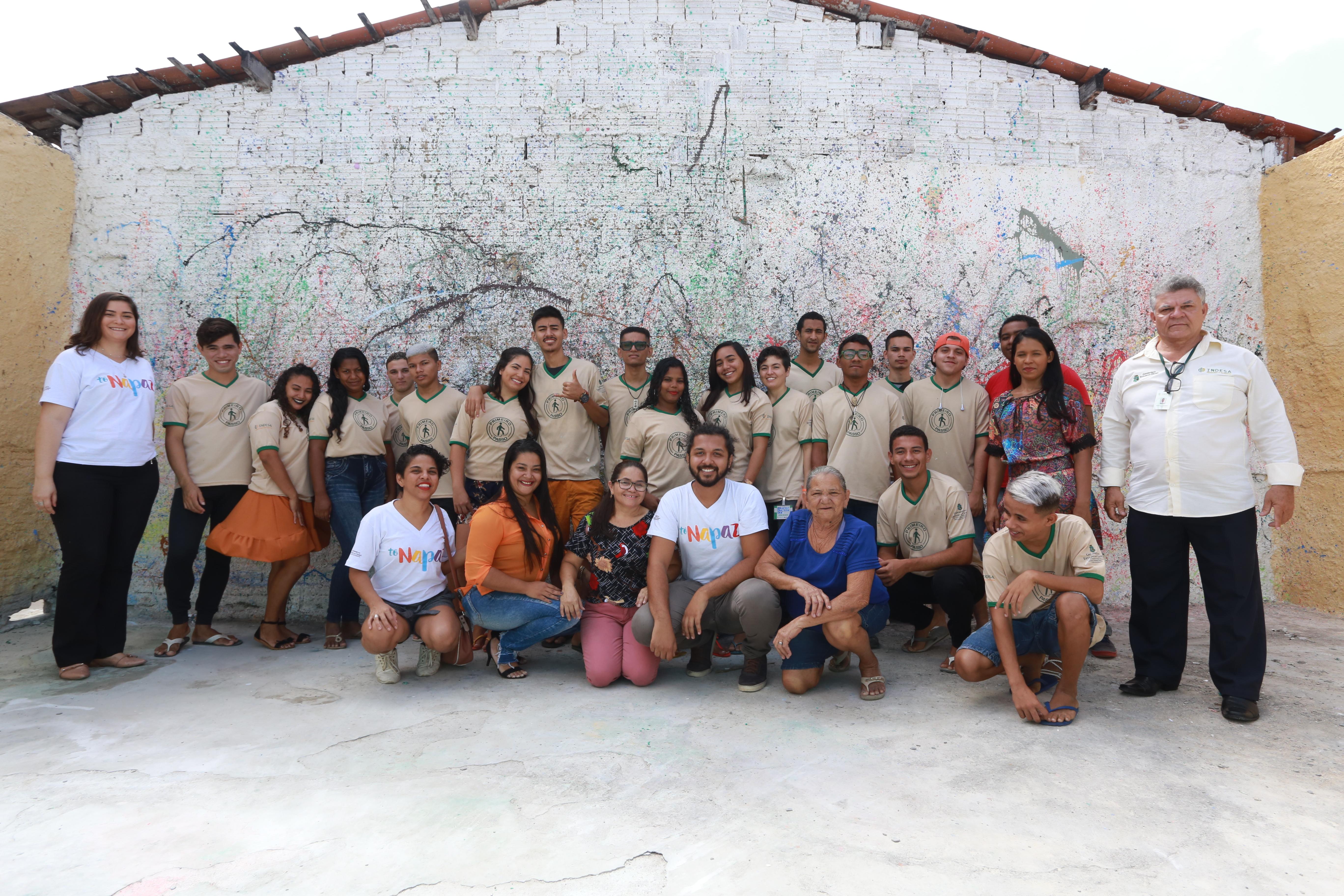 Ceará Pacífico: jovens do bairro Genibaú concluem curso de pintura e textura de paredes