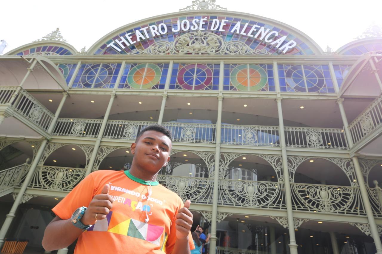 Governo do Ceará realiza pagamento de bolsas para 763 jovens do Programa Superação