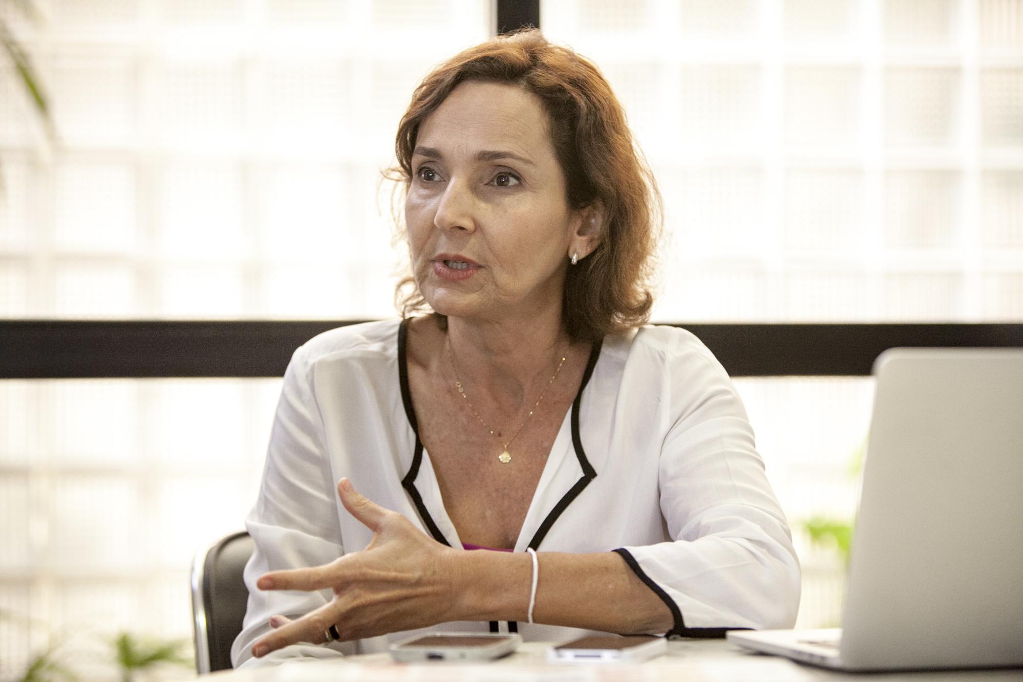Vice-governadora do Ceará está curada da Covid-19