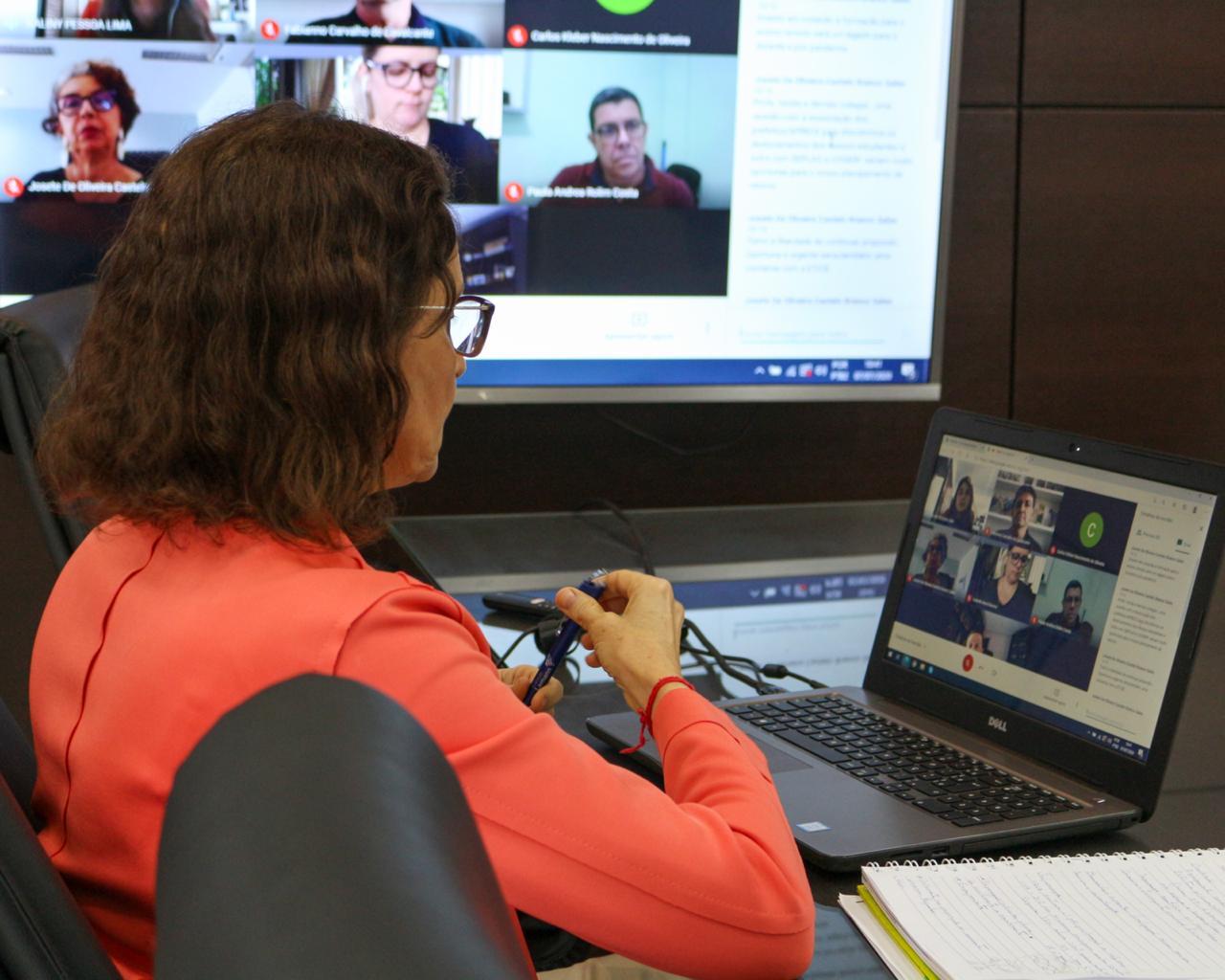Vice-governadora se reúne com gestores de universidades estaduais para avaliar estratégias de retorno às aulas