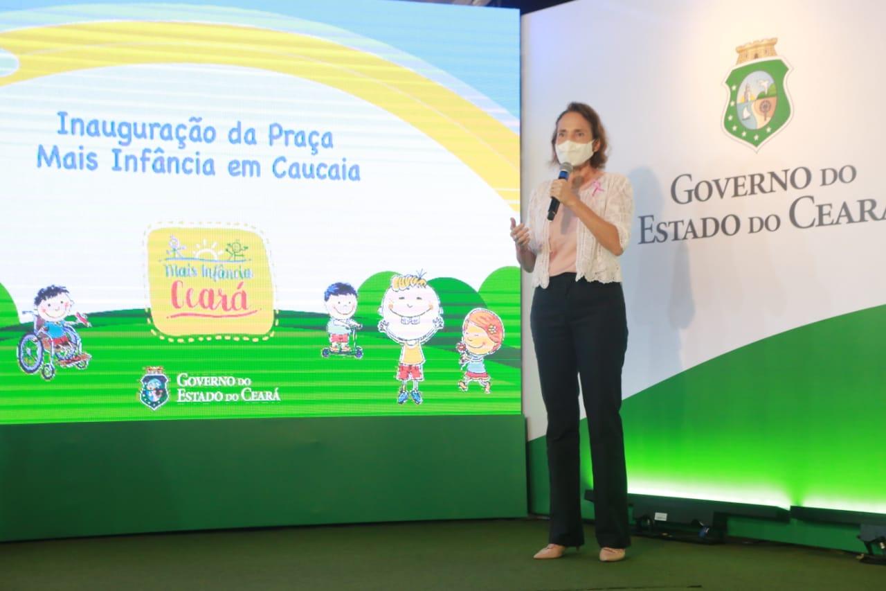 Governo do Ceará entrega Praça Mais Infância em Caucaia