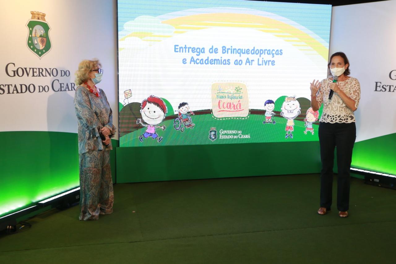 Governo do Ceará entrega brinquedopraças e academias ao ar livre em mais quatro municípios
