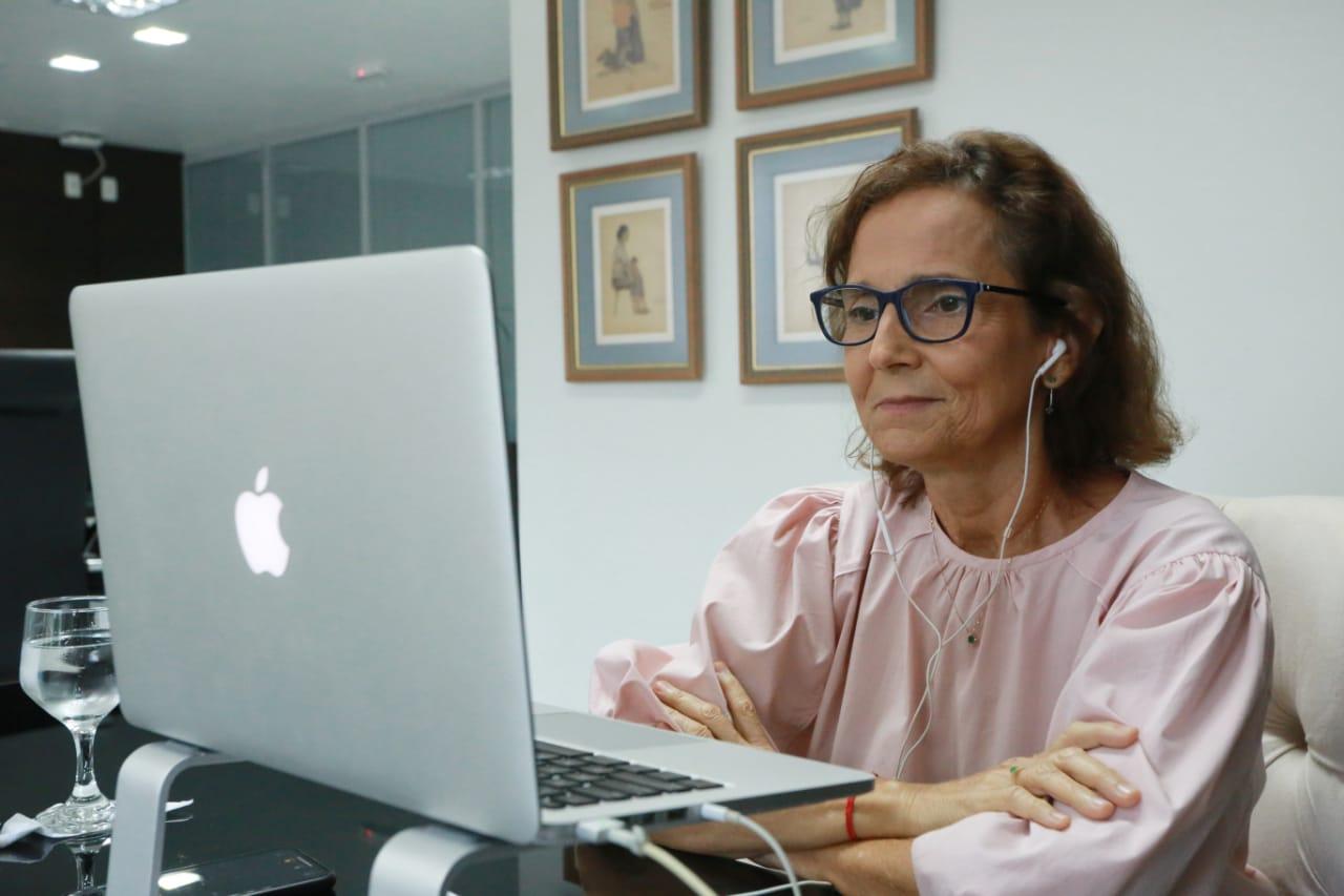 Izolda Cela ressalta políticas públicas do Ceará em lançamento de iniciativa sustentável para América Latina